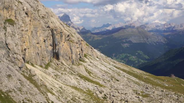 Oberhalb piz Boe, SAS Pordoi alpine, Dolomiten, Italienische Tiroler Alpen – Video