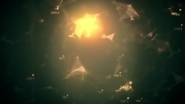 abstrakta datorgenererade sömlös loop, geometriska rörelse från kaotiska långsam rörliga prickar linjer trianglar slumptal bakgrund. - pyramidform bildbanksvideor och videomaterial från bakom kulisserna