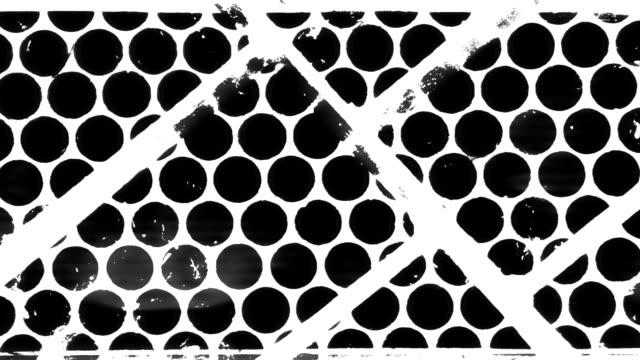 soyut kontrast şekilleri titreşir. kaotik desen döngüsü. - eksantrik stok videoları ve detay görüntü çekimi