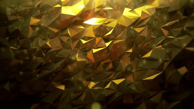 抽象的な黄金の三角形の背景 - ローポリモデリング点の映像素材/bロール
