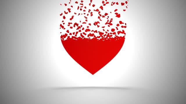 abstrakt röd hjärta explosion i slow motion (4 k + chroma key) - hjärtform bildbanksvideor och videomaterial från bakom kulisserna