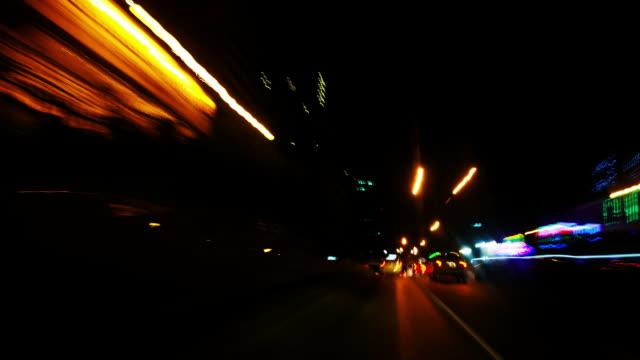 vídeos de stock, filmes e b-roll de aceleração do movimento - light trail