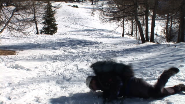 HD: Accident In The Mountains video