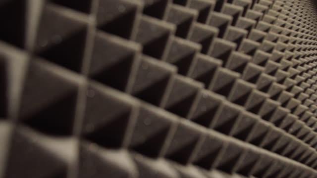 vídeos de stock, filmes e b-roll de fundo acústico do painel da espuma - música acústica