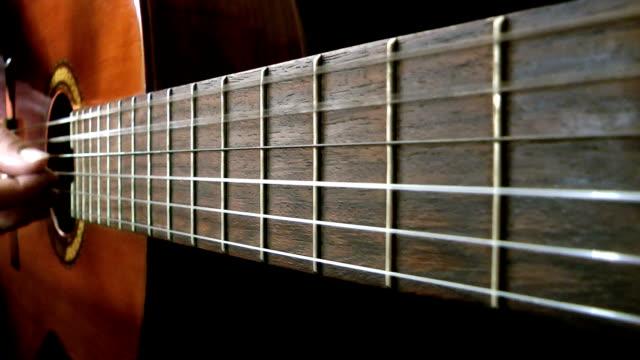 acoustic guitar playing - akustisk gitarr bildbanksvideor och videomaterial från bakom kulisserna