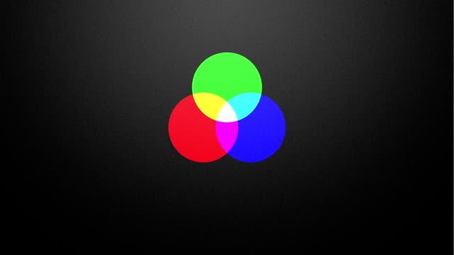 vídeos de stock e filmes b-roll de cor aditiva mistura em rgb - três pessoas