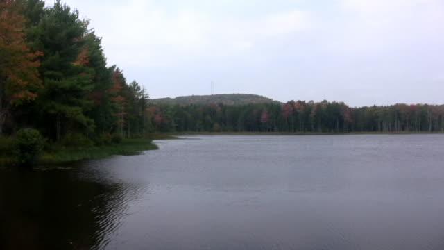 Adirondak Fall Lake video