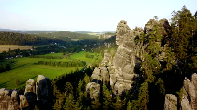adrspach teplice 岩 - チェコ共和国点の映像素材/bロール
