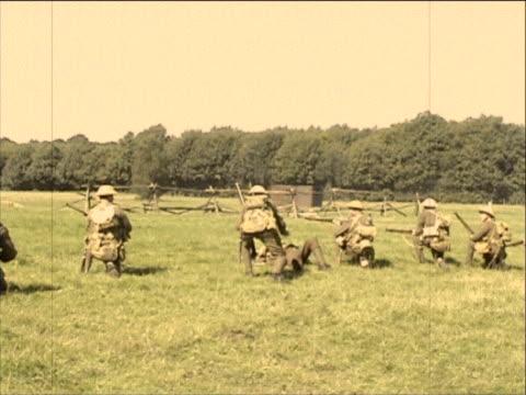 vidéos et rushes de à l'avance! - première guerre mondiale