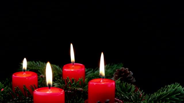 降臨節クリスマスキャンドル、コピースペース付き - 降臨節点の映像素材/bロール