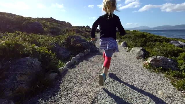 adventures at the coast - viaggio d'istruzione video stock e b–roll