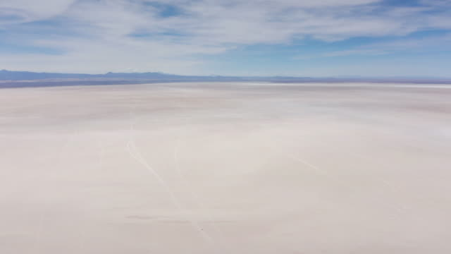 Aerial 360 panoramic over Uyuni salar. Bolivia Aerial morning 360 panoramic over Uyuni salar dessert. South of Bolivia. salt flat stock videos & royalty-free footage