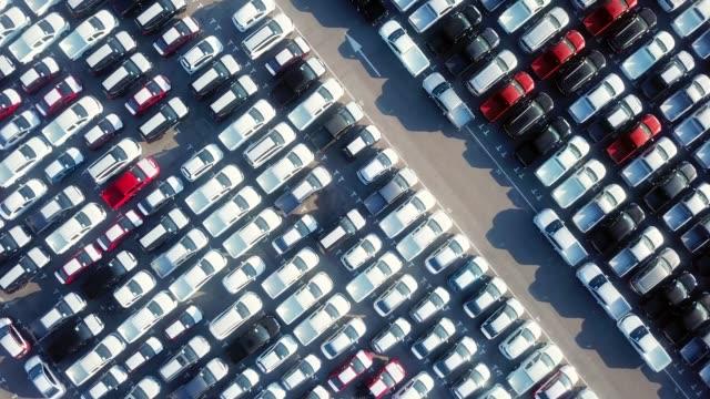stockvideo's en b-roll-footage met lucht parkeerplaats - parking