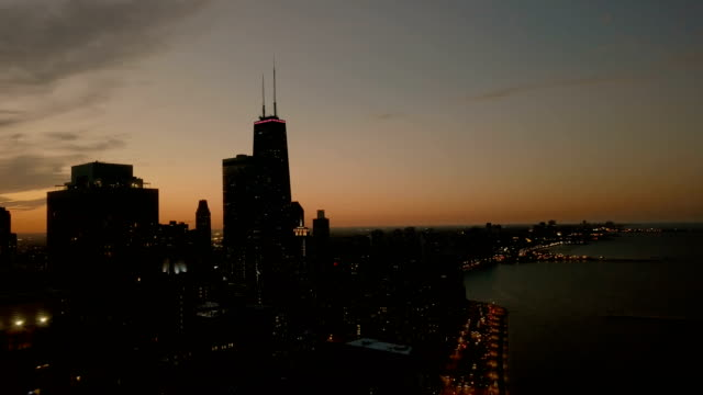 aerial cityscape - downtown chicago at sunset - dusk stock videos & royalty-free footage