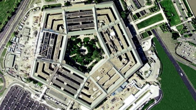antenn upprättande av skott av pentagon byggnaden - minnesmärke bildbanksvideor och videomaterial från bakom kulisserna