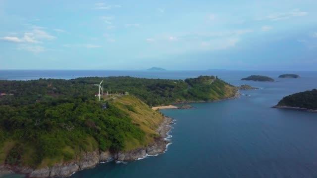 熱帯の島と海の上の空中飛行 - サムイ島点の映像素材/bロール