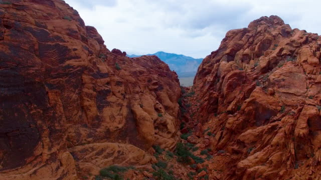 aerial footage of red rock canyon las vegas - red rock video stock e b–roll