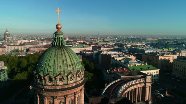 aerial footage on kazan cathedral in the center of saint-petersburg city - treedeo saint petersburg stock videos & royalty-free footage