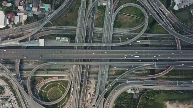 航空高速公路交匯處 - 道路交叉口 個影片檔及 b 捲影像