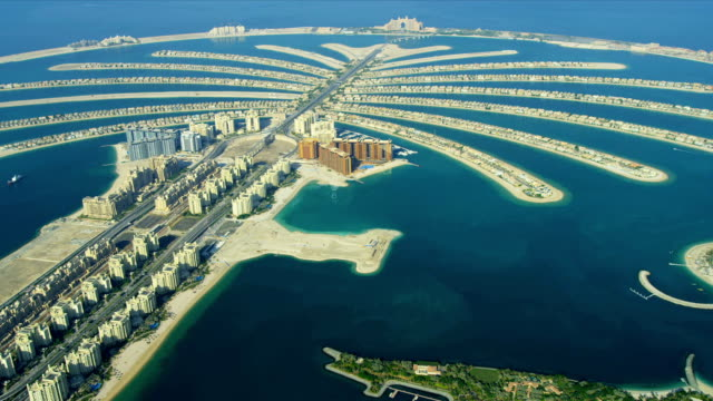 aerial golden mile, palm jumeirah, dubai - dubai architecture stock videos & royalty-free footage