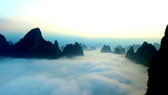 aerial guilin  - provinz guangxi stock-videos und b-roll-filmmaterial