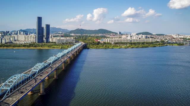 vídeos de stock e filmes b-roll de aerial hyperlapse video of seoul city,south korea.timelapse 4k - coreia do sul