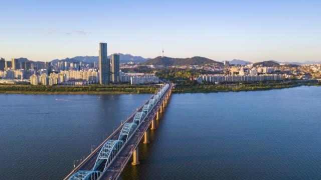 vídeos de stock e filmes b-roll de aerial hyperlapse video of seoul city,south korea.timelapse 4k - seul