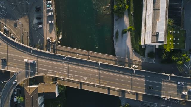 vídeos de stock e filmes b-roll de aerial of hardbrücke, limmat - suíça