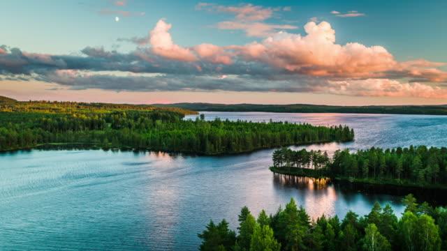 flygfoto över landskapet med sjöar omgiven av skog i sverige - 4 k natur/vilda djur/väder - swedish nature bildbanksvideor och videomaterial från bakom kulisserna