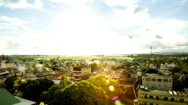 veduta aerea di mahebourg mauritius - isole mauritius video stock e b–roll