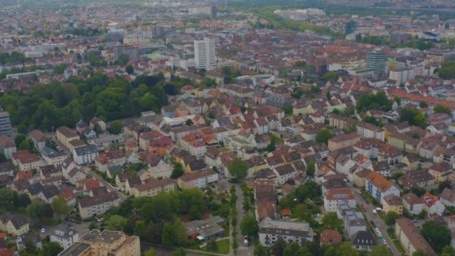 antenn av vinodlingar runt om heilbronn i tyskland - roof farm bildbanksvideor och videomaterial från bakom kulisserna