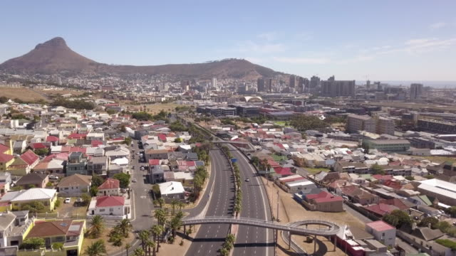 Aerial over City of Cape Town during Corona Virus lockdown, with empty streets Aerial over City of Cape Town the during Corona Virus lockdown, with empty streets cape town stock videos & royalty-free footage