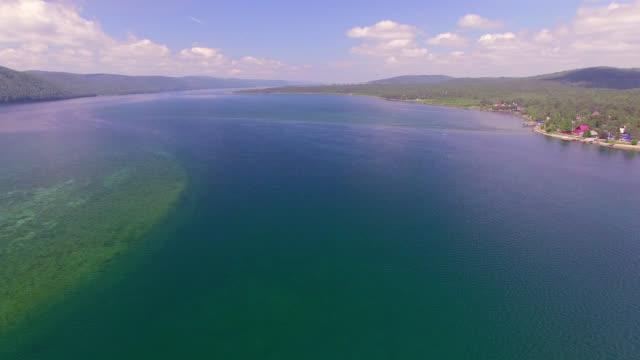 vídeos de stock e filmes b-roll de aerial photo. sailing regatta on the river angara - lago baikal