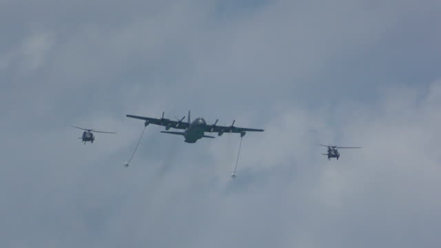 Aerial refueling operation video