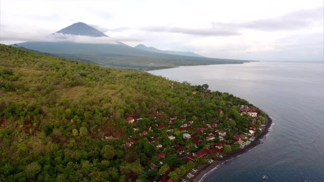 Aerial shoot of calm lagoon with buildings – Video