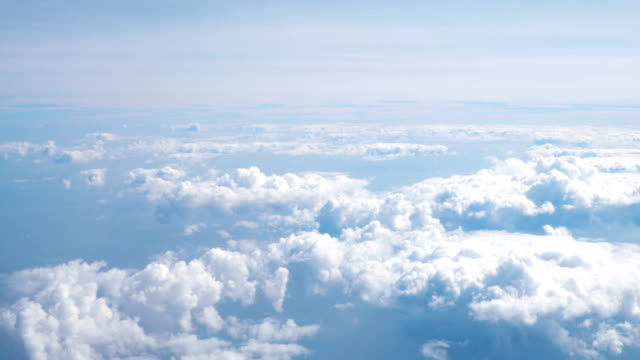 4 k で雲の上を空中撮影 - 層積雲点の映像素材/bロール