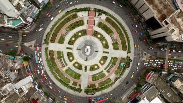 空中ショット円ストリート - 曲線点の映像素材/bロール