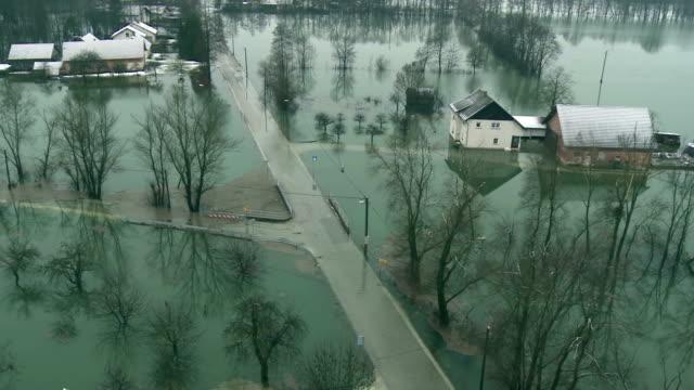 vidéos et rushes de vue aérienne de l'espace de lumière - desastre natural