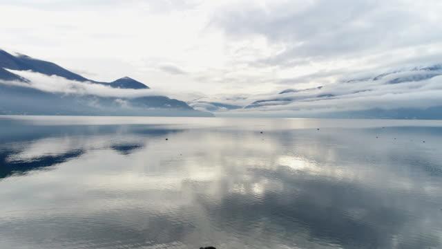 vídeos de stock e filmes b-roll de aerial shot of lake maggiore - lago maggiore