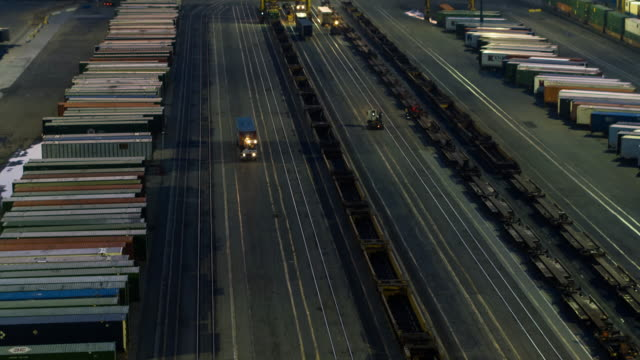 Aerial Shot of Los Angeles Freight Yard - vídeo