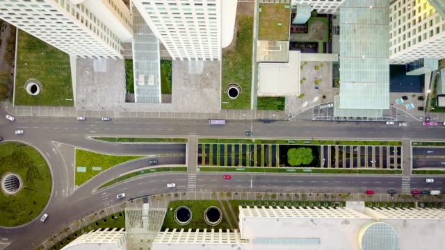 aerial shot of road in santa fe, mexico city - город мехико стоковые видео и кадры b-roll