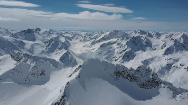 antenn skott av tyrolska alperna - delstaten tyrolen bildbanksvideor och videomaterial från bakom kulisserna