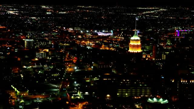 Luchtfoto timelapse, San Antonio centrum van de stad bij nacht video