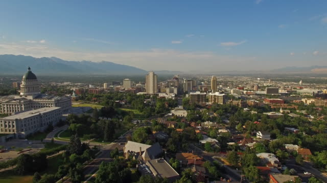 aerial utah see salt lake city - utah stock-videos und b-roll-filmmaterial