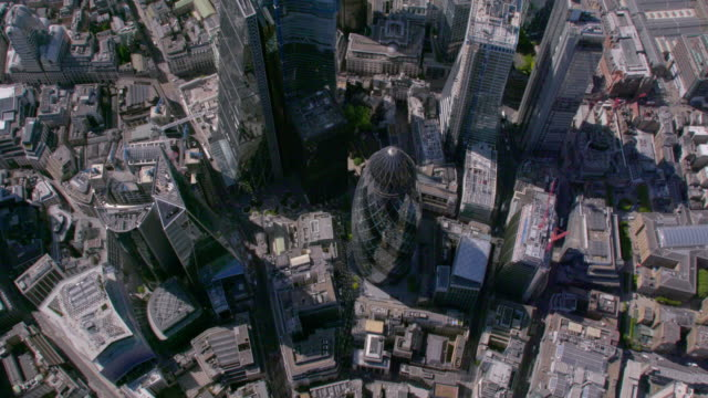 aerial view above the city, london, uk. 4k - londra video stock e b–roll