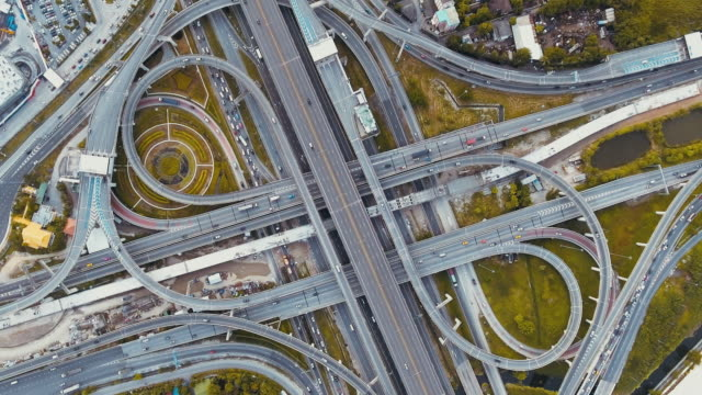 aerial view highway junction - estakada skrzyżowanie dróg filmów i materiałów b-roll