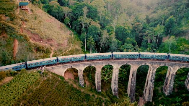 vídeos de stock e filmes b-roll de aerial view nine arch bridge in sri lanka - sri lanka