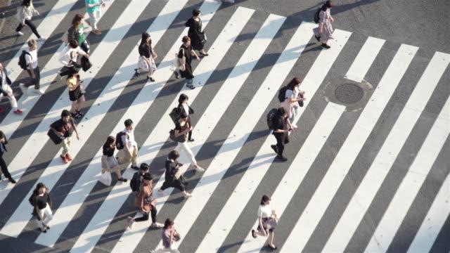 東京・渋谷の交差点の航空写真。 - 交差点点の映像素材/bロール