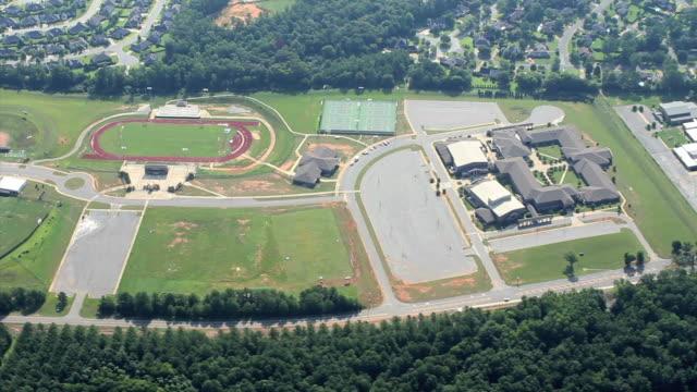 Luftbild von einer Schule – Video