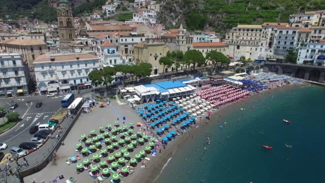 Almalfi 海岸, イタリアのアマルフィの航空写真 ビデオ